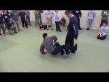 Удары ногами с близкого расстояния (Владимир Васильев)