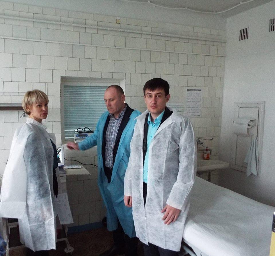 Станично-Луганской районной больнице подарили медоборудование стоимостью более чем полмиллиона гривен