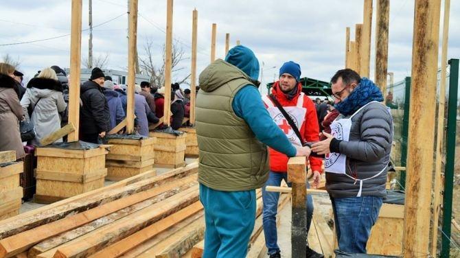 На КПВВ «Станица Луганская» Международным комитетом Красного Креста в Украине начато строительство дополнительного укрытия