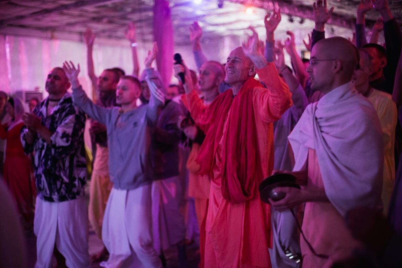 ВПЕЧАТЛЕНИЯ ОТ ФЕСТИВАЛЯ «ШРАВАНАМ КИРТАНАМ 2016» В АФОНИНО