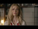 Legacies 1x01 Lizzie freaks out and almost kills Alaric