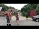 Разъярённый тракторист разнес гараж неприятеля