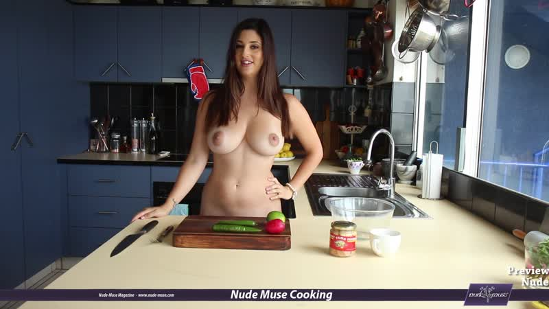 Nude Muse Cooking S06E02 Scarlett-Morgan