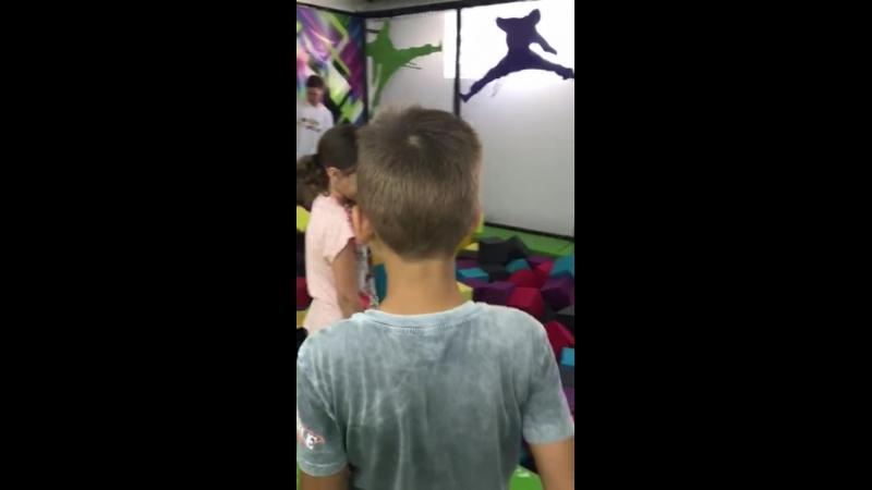 День Рождения в Vip-комнате Русалочка