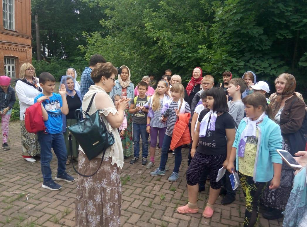 автобусная экскурсия по храмам Северо-Запада Москвы