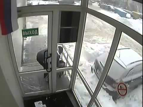 Russian mailman at work