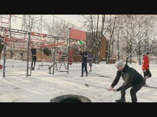 "Фитнес-студия ""берег"" (москва) тренирои на свежем воздухе и в зале"