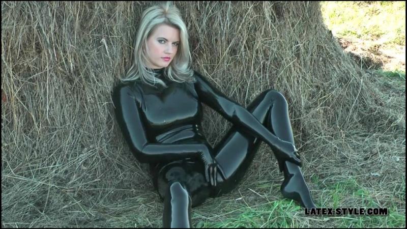 Black rubber blonde - порно, эротика, для взрослых, бдсм, доминирование, bdsm, porn, латекс, latex, domina, dominatrix, sexy