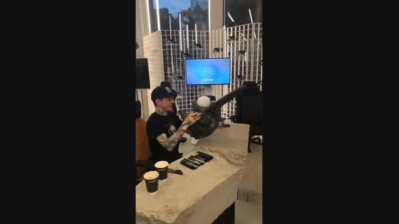 """Deadmau5 """"Lots of Stuff"""" Store in London [12.11.2018] (instagram stories)"""