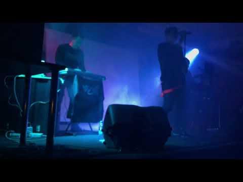 Zheks (of Radiomun) New Version - Just Cant Get Enough (DM Cover, Garage, Kaluga, 17.11.2018)