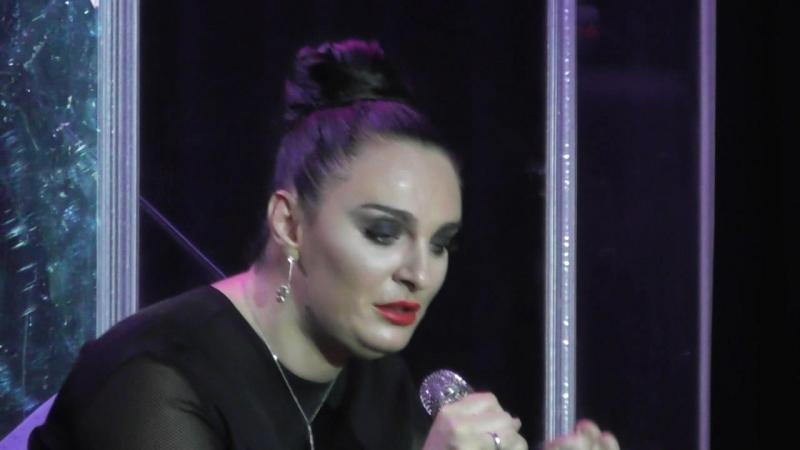 Елена Ваенга на концерте Алены Петровской 21.04.18