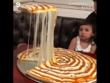 Ооочень сырная пицца