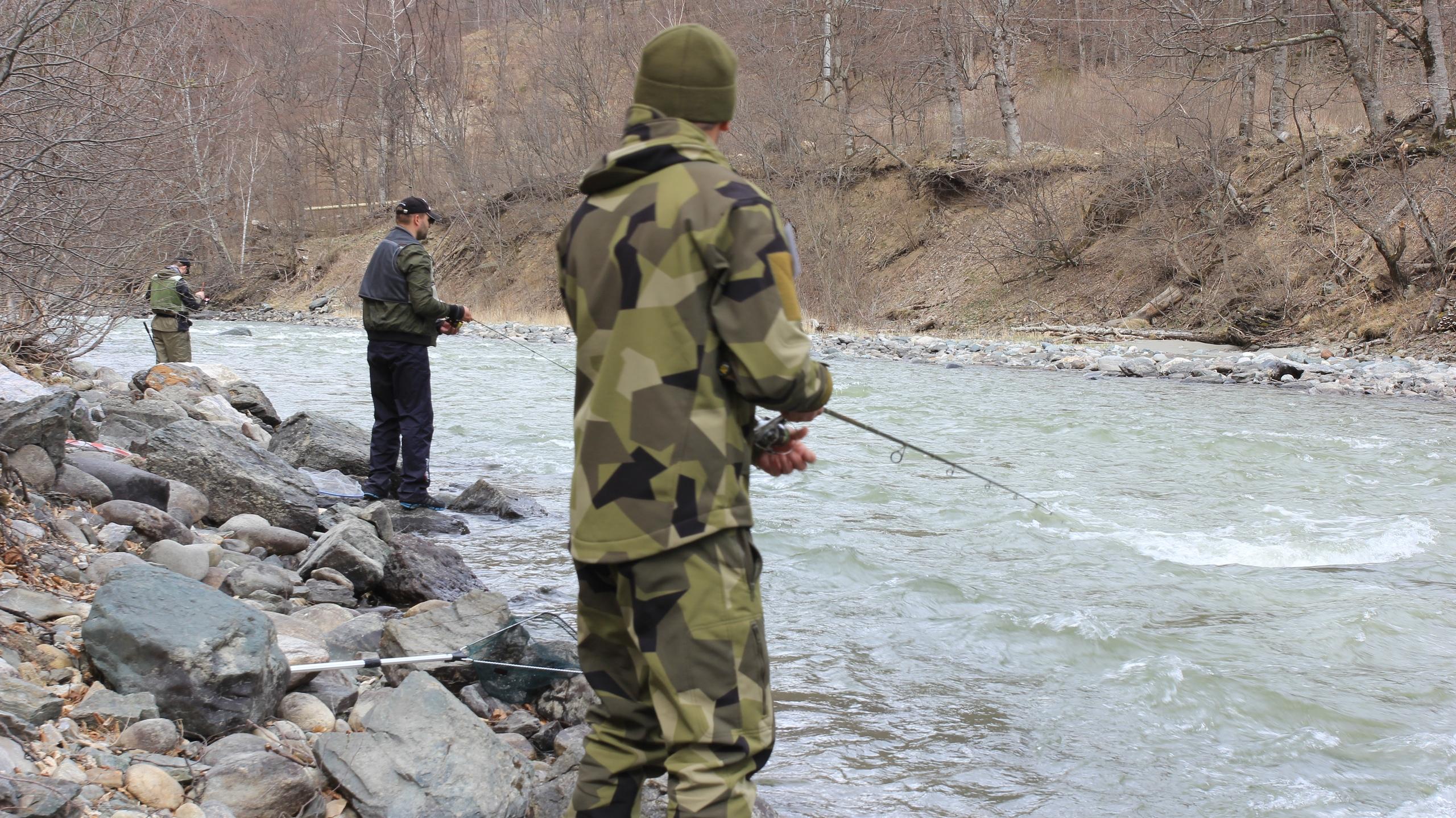 Чемпионат по ловле рыбы спиннингом с берега прошел в Зеленчукском районе