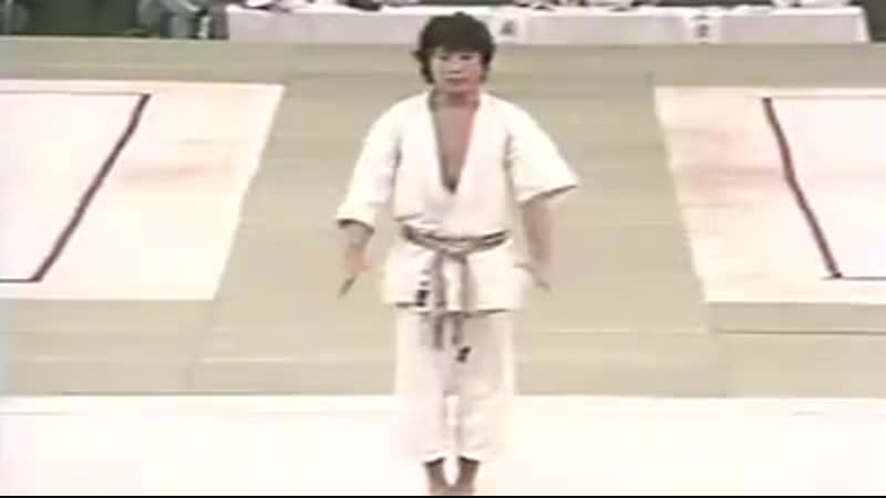 Ката без Bunkai не имеет смысла Sensei M Nakayama Sensei M Yahara kata Unsu