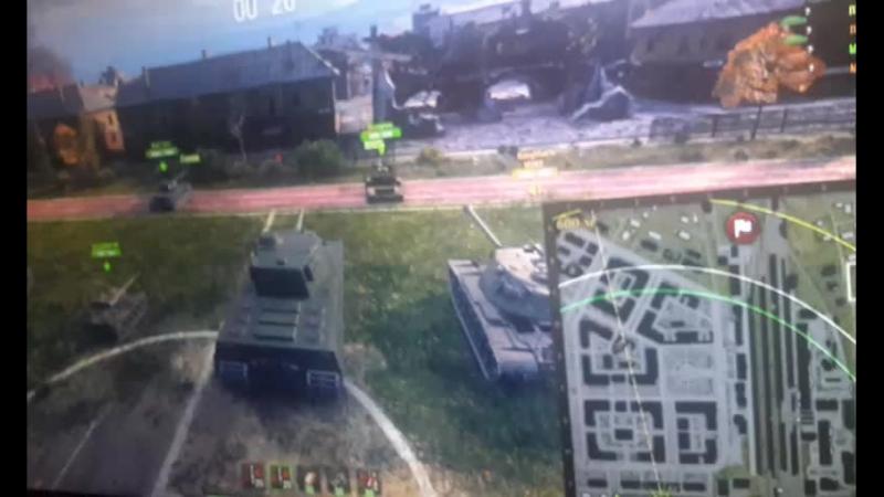 вггс играет в танки