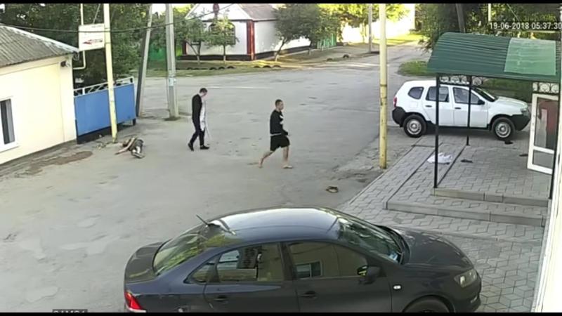 В Ростовской области двое гопников избили инженеров
