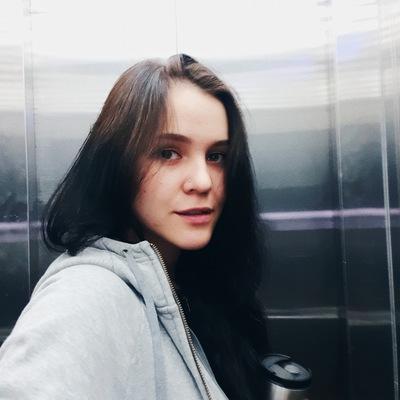 Елена Гро