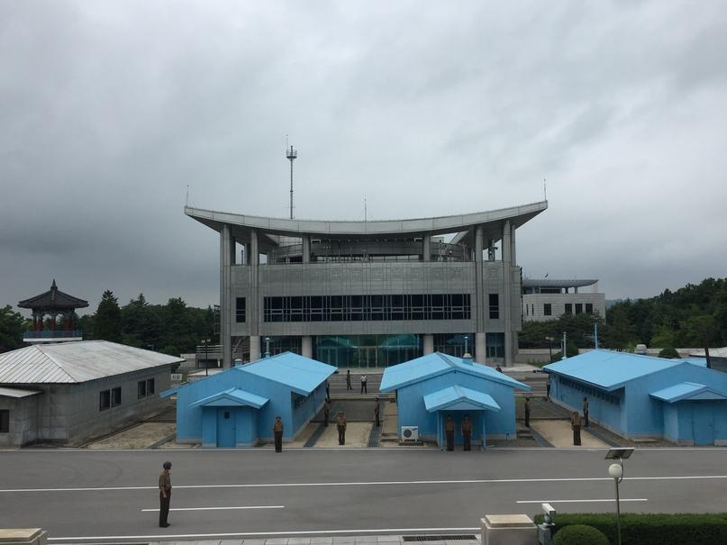 Отчет о путешествии в Северную Корею 2018. Вид на Южную Корею и Дома Дружбы