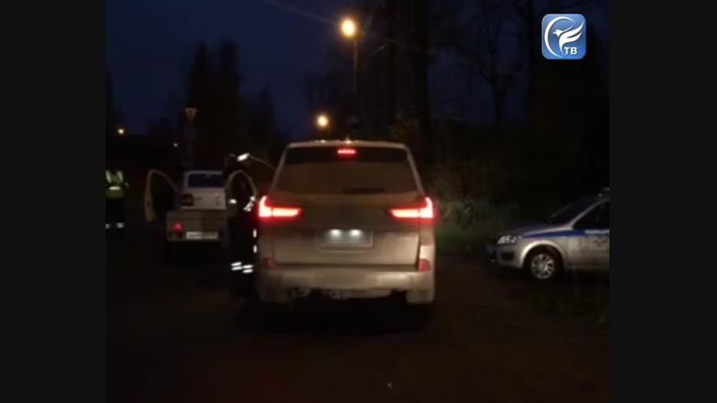 В ходе массовой проверки в Соколе сотрудниками ГИБДД было остановлено более 60 автомобилей