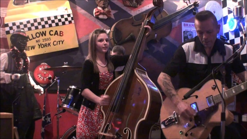 Black Cat Trio Donna rock this town @ Rockwell's Diner Runcorn