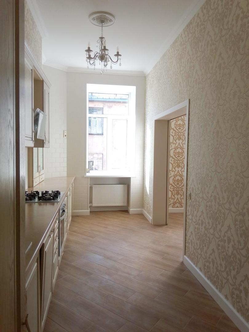 Эксклюзивная 4х комнатная квартира в историческом центре Санкт-Петербурга TWqmD4sB6K0