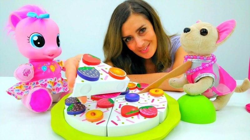 Lustige Schule. Teeparty bei Pinky Pie. Spielzeuge für Mädchen.
