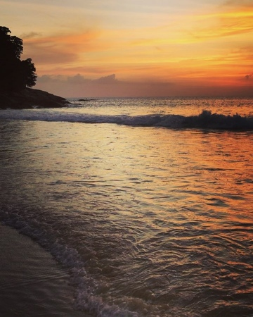 ZLATA OGNEVICH on Instagram Щоразу сюди повертаюсь як додому Тут добре моєму сердцю🙌🏽 златаогневич zlataognevich phuket thailand surinbe