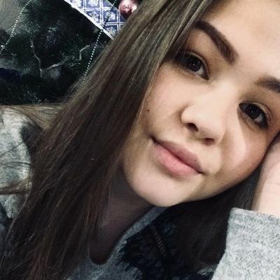 Ангелина Распопова