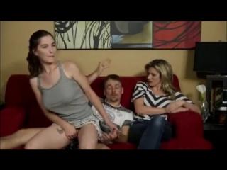 Дочка трахается с отцом с присутствии мамы (инцент, отец и дочка секс, табу, подросток_)