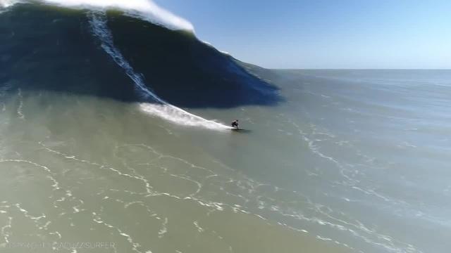 Nazare Wave