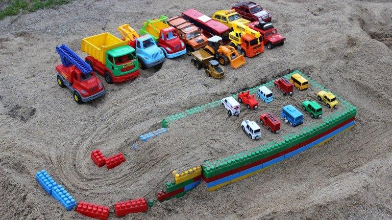 Videos for kids - Assemble Car toy parking lot