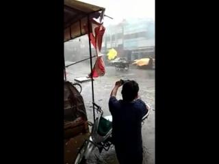 Ветер шутник (VHS Video)