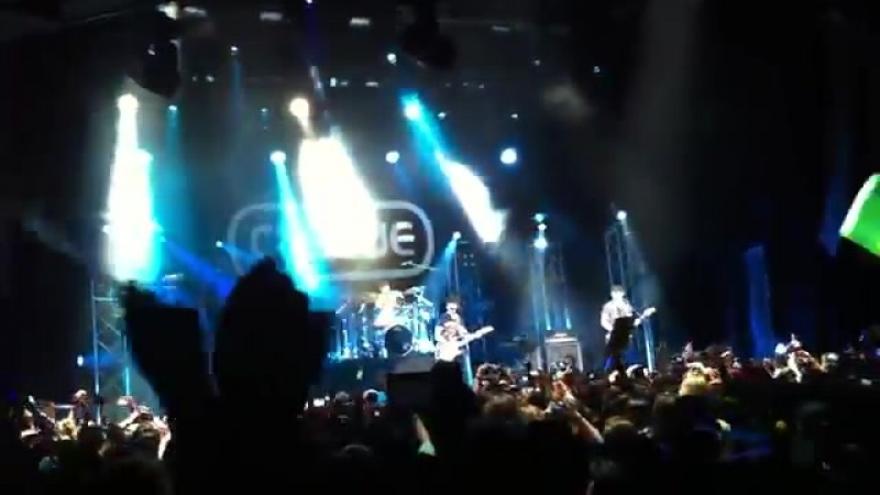 20120922 CNBlue - Love Revolution [Live at London indigO2]
