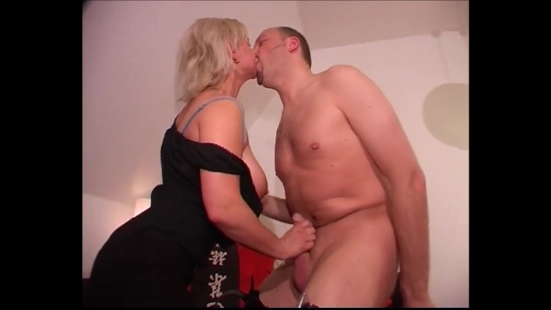 полнометражное порно измена мама