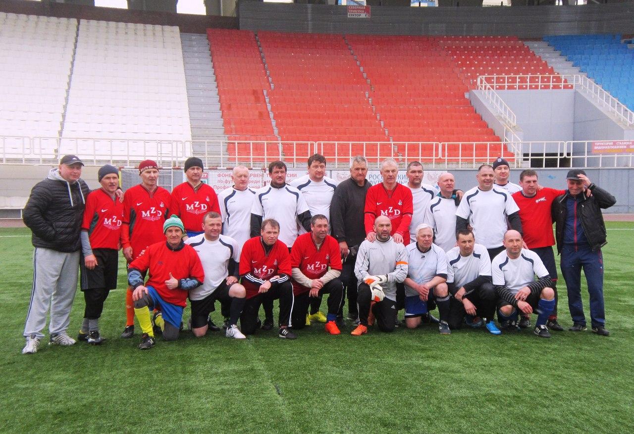 команды Нижнего Тагила и Кургана (2-0).