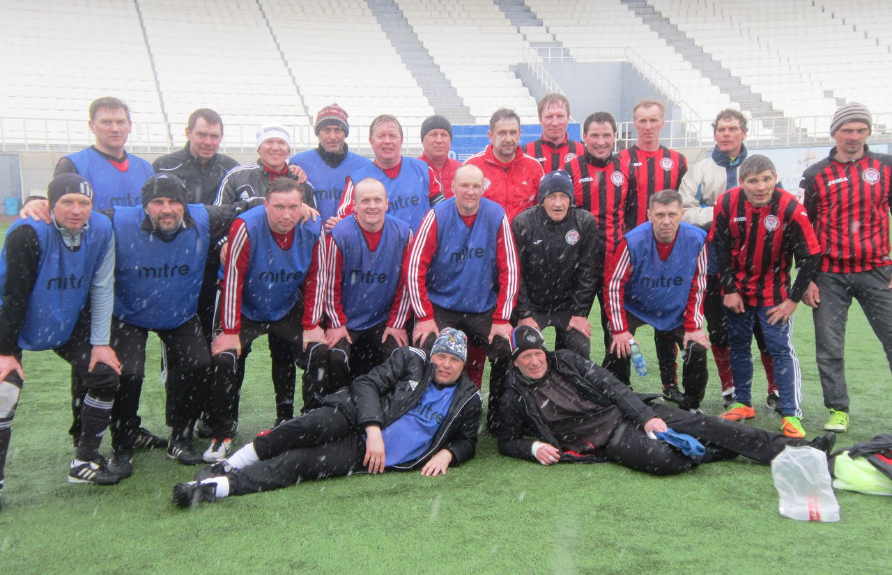 команды Екатеринбурга и Перми (3-0).