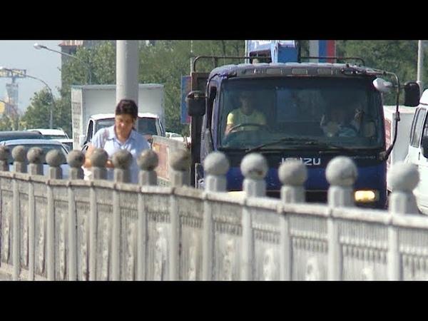 Как справляется с заторами Тургеневский мост в Краснодаре: прямое включение
