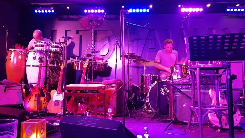 Citrus Sun Live - Drums (Francesco Mendolia) Vs Percussion (João Caetano)