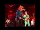 Queen + Ian Hunter, David Bowie Mick Ronson - All The Young Dudes (different camera angle)