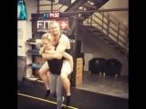 60 kg girl carrying 110 kg man easily