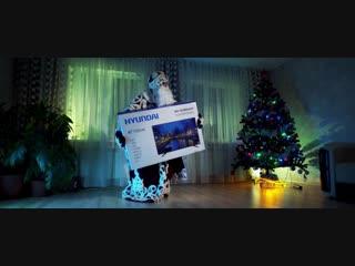 Новогодняя распродажа в Матрице. Телевизор Hyundai H-LED40F456BS2 всего за 13990 руб.