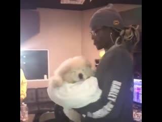 Young thug со своей собакой