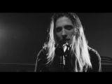 I SEE STARS - Light In The Cave - Acoustic (Official Music Video)