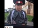 Юный полицейский вымогает взятку у водителя за превышение скорости