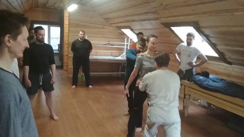 Тренинг трёх преподавателей Юрий Лавриненков Костонай Работа в бане в волне Начало тренинга