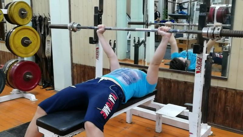 Тренировка (16.10.2018)интервала 25 кг на пять раз, отдых 5 сек. 20мин. 131 повтор