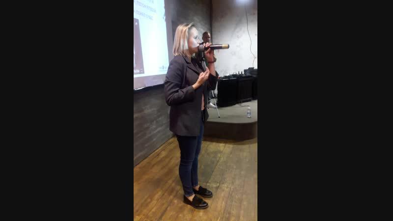 Татьяна Джумма на тренинге школы Вокала Петь Легко в Москве 2018