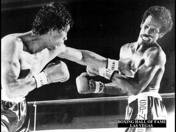 Michael Spinks KOs Yaqui Lopez This Day October 18, 1980