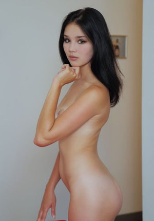 Pictures of hypnotized girls naked