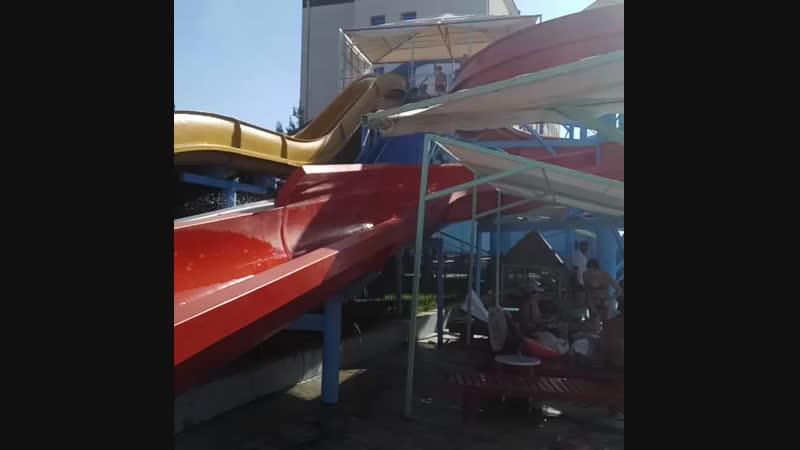 Съезд с Других Водных Горок в Аквапарке Aqualand